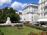 Prague, Vienna, Budapest: Dec 2015 from GuteReise! -  Germany Specialist