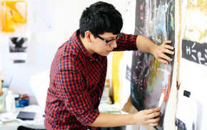 Read more about Foundation Diploma in Art and Design