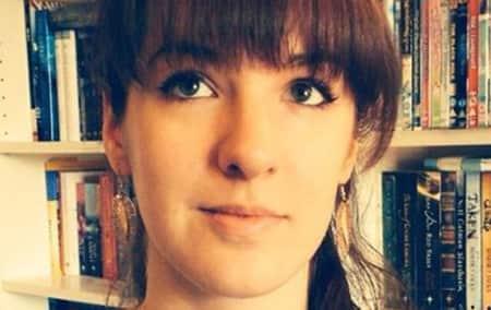 Karla Pett is a graduate of MA Publishing at London College of Communication.