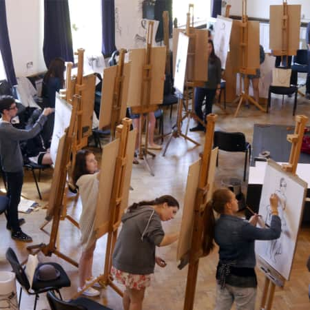 Students in a life drawing session during UAL International Summer School.