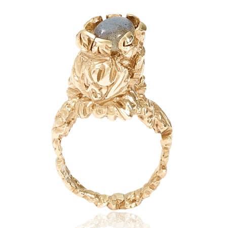 Ellis Mhairi Cameron, MA Design (Jewellery)