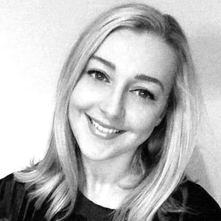 Carolyn Jones is a graduate of MA Publishing at London College of Communication.