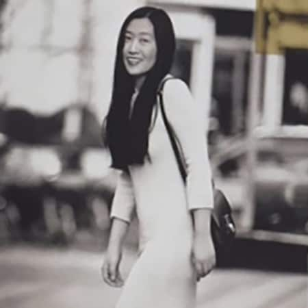 Black and white photograph of Ele Jin, alumni of Graduate Diploma Photography at London College of Communication (LCC).