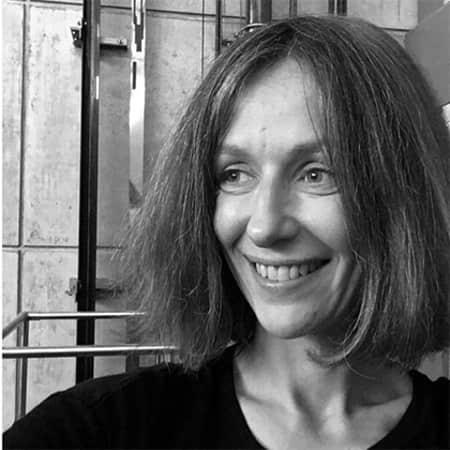 Link to Dr Jelena Stojković's profile.