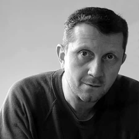 Portrait of Tim Hutchinson