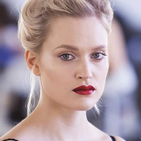 Example look: perfect red lip