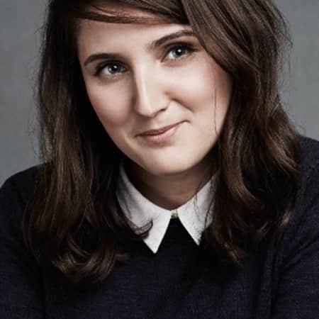 Ella Alexander, Online Deputy Editor at Harper's Bazaar