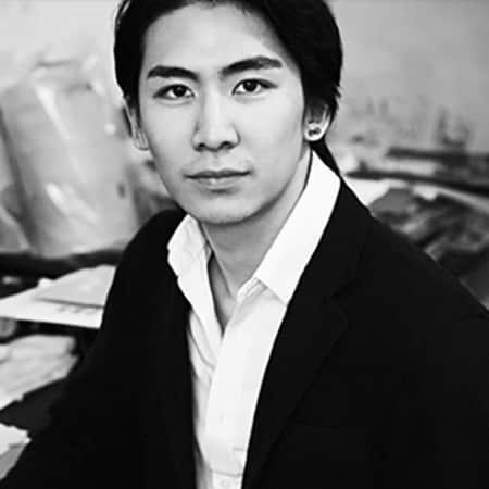 Black and white photography of Raymond Tan, alumni of Graduate Diploma Photography at London College of Communication (LCC).