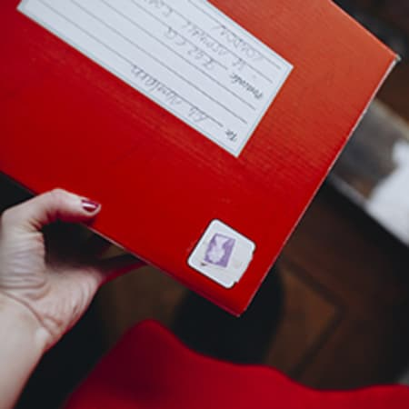 Link to Royal Mail case study, image by Fanny Sutus