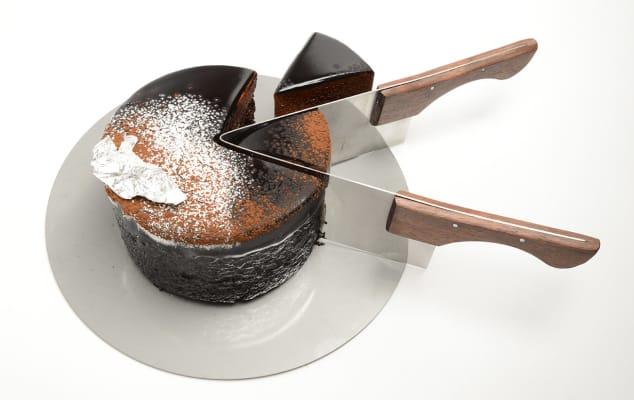 Karthik Poduval - Cake Cutter