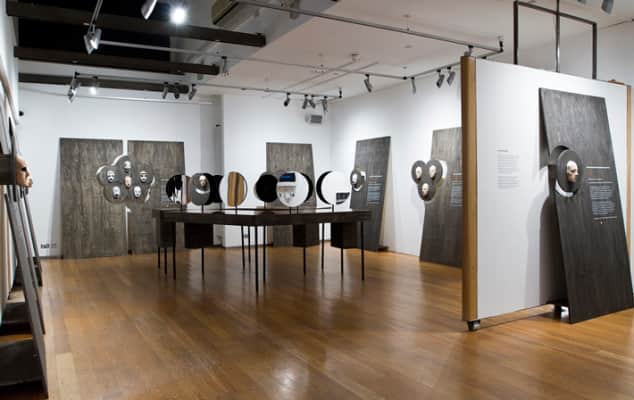 Photo of exhibition Warpaint (Photography by Katy Davies) from 2015.