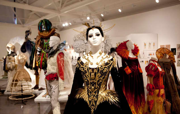 Image of costume by Ingrid Yllo (2013), produced for a parade at the Queen's Gallery, Buckingham Palace.