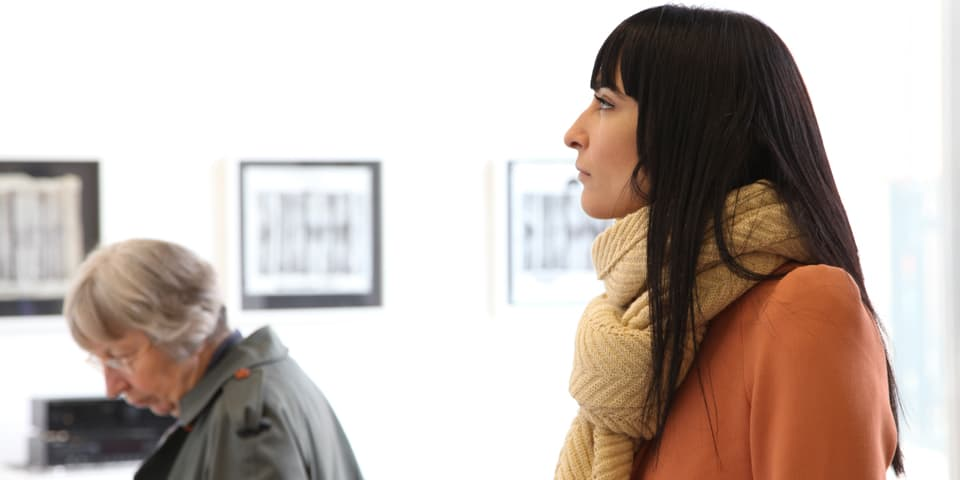 Students on a trip during Introduction to the Art Market short course