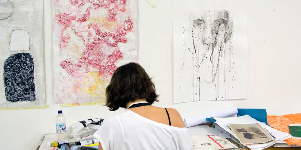 Student at work during Chelsea Drawing and Painting short course.