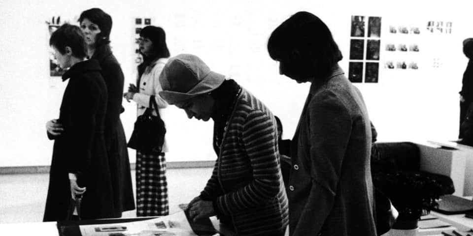 Installation view of 'c.7,500', Walker Art Center, Minneapolis, 1973, © the artists. Photography: Eric Sutherland. Courtesy Walker Art Center, Minneapolis