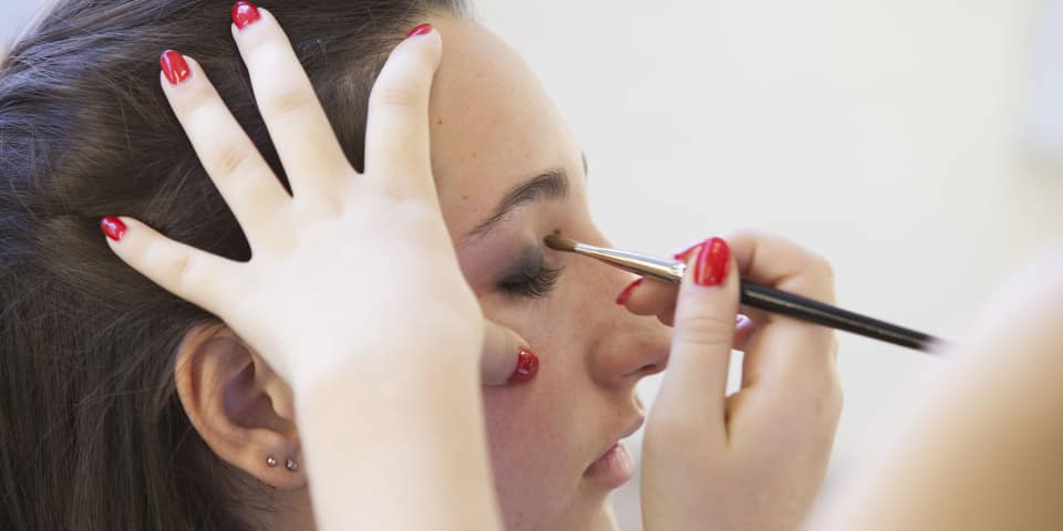 Model on makeup course for 16-18 year olds