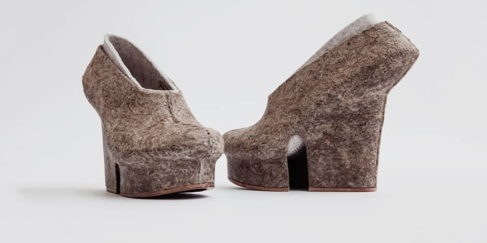 PhD Preparation Course at London College of Fashion. Image: Hemp Shoes (2013) Liz Ciokajlo (photo: Stephanie Potter Corwin). Original has been modified.