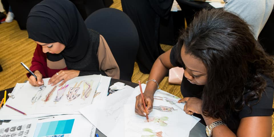 Fashion drawing students in Dubai