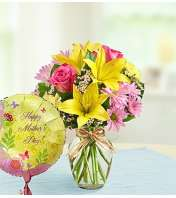 Bouquet and Balloon for Mom