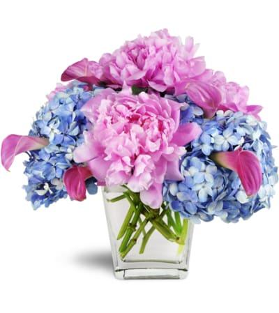 Love's Blessing Peony Vase™