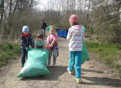 Děti také uklízí