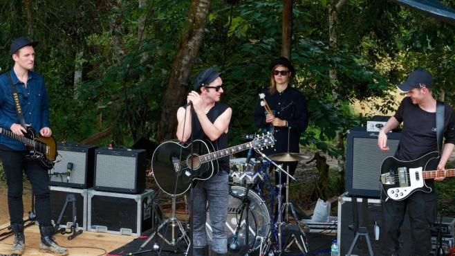 Watch goes Singing in the Rainforest with Myleene Klass and Glasvegas Z0m1wbmqex9ft3ryeqv5