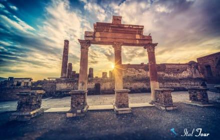 Экскурсия в Помпеи из Неаполя