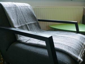 100% Cashmere Blankets with Herring Bone PatternsBlack/Grey