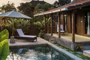 Yoga Teacher Villa Bali