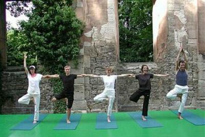 weg_der_mitte_yoga_retreat_kloster