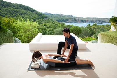 Santhos_Retreats_yoga_ibiza