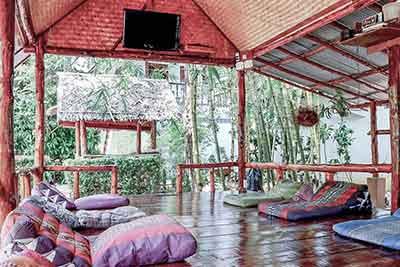 Ananda Yoga Lounge