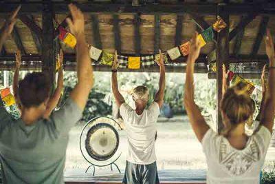 Desaseni-Yoga-Bali