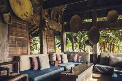 Desaseni-Yoga-Retreat-Bali-Unterkunft