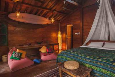 Jungle-Room-Yoga-Retreat