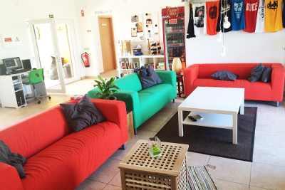 Dropin surfcamp lounge