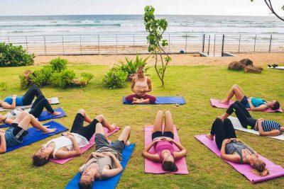 lapoint Surfcamp Sri Lanka Surfschule yoga