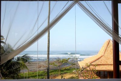 Padang Padang Surfcamp Strand
