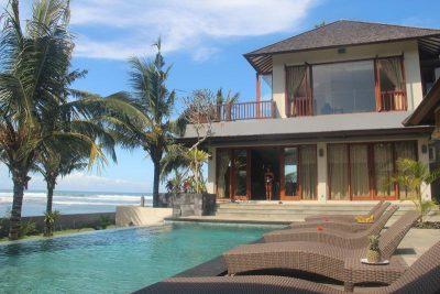 Padang Padang Surfcamp Villa