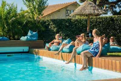 puravida_surfcamp_frankreich_pool