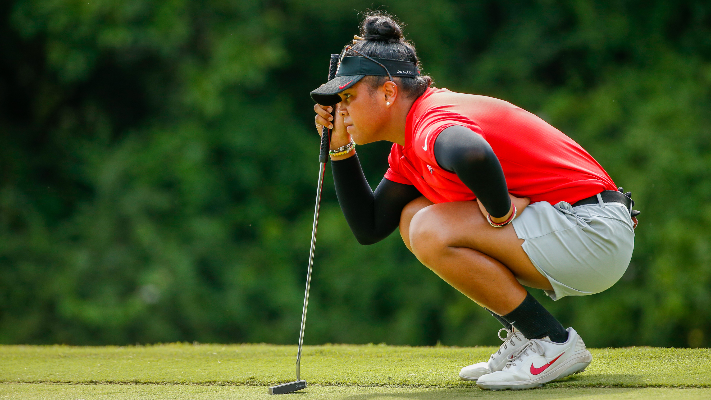 http://res.cloudinary.com/usga/image/upload/v1/usga/images/championships/2019/womens-amateur/galleries/thursday/26_19WAM_0808_R8Q3363.jpg