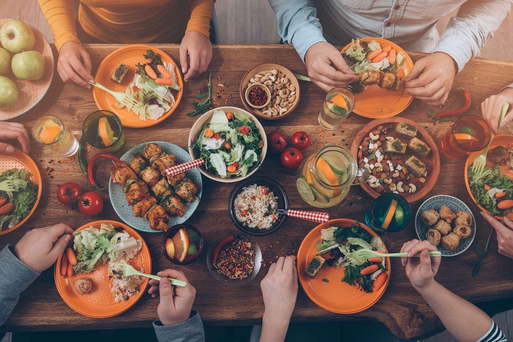 Saving Money on Food in Singapore