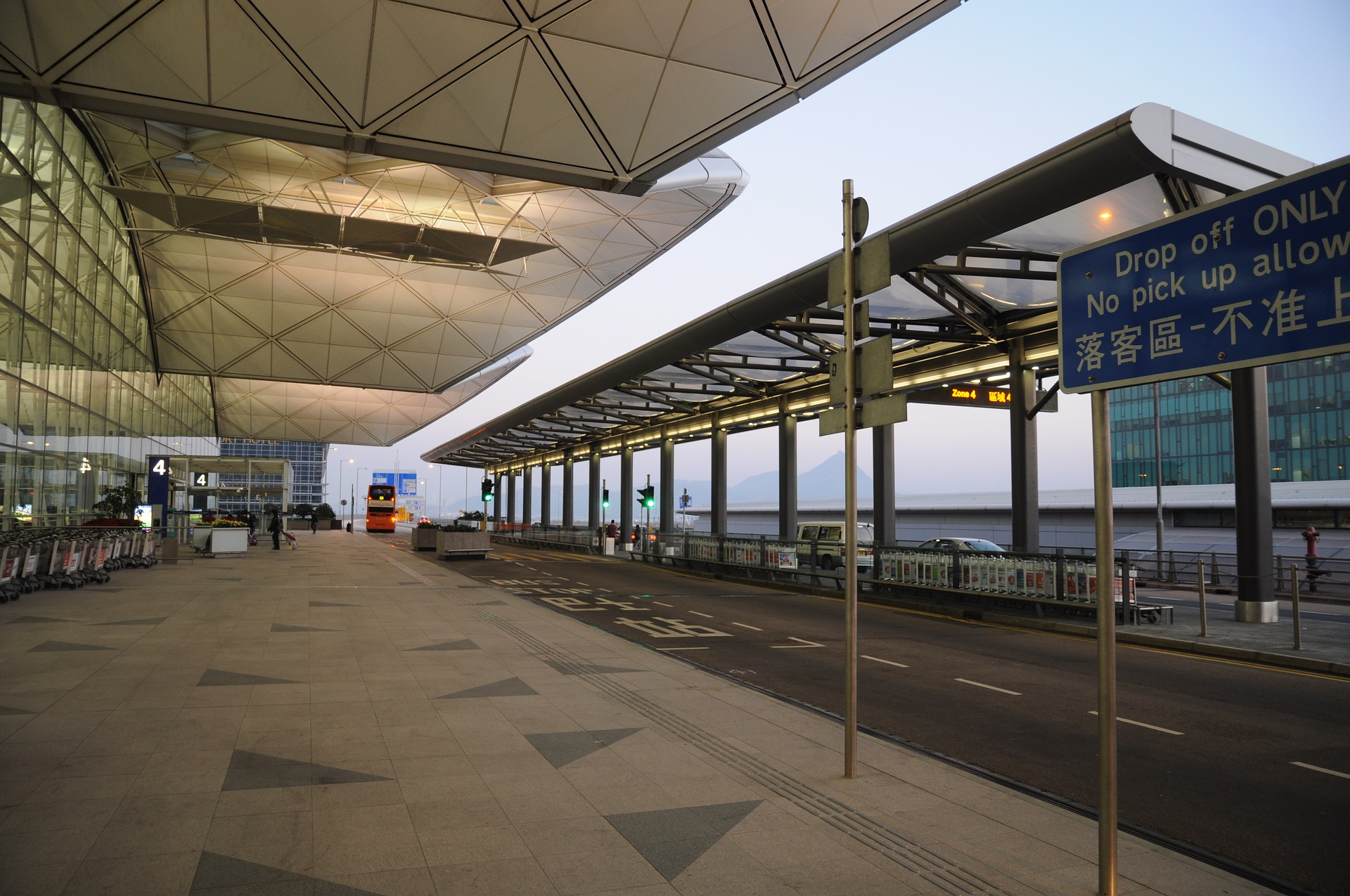 hong-kong-international-airport-2644650
