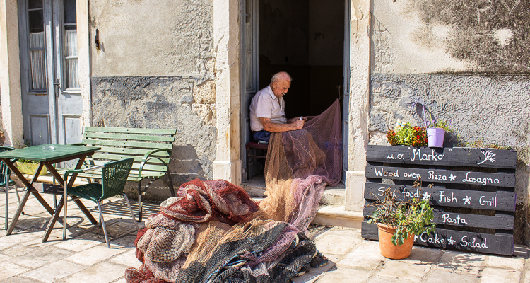 Pescatore di Vis - Croazia - Viaggi tra le righe