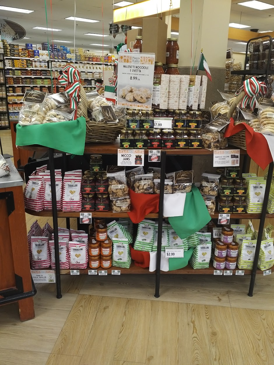 I Nostri Prodotti a Piazza Italia Kings Food Markets New Jersey USA