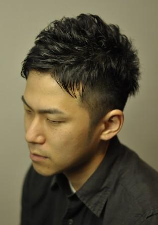 最新のヘアスタイル 最新髪型メンズ ツーブロック : メンズショート、ツーブロック ...