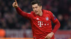 Lewandowski breaks Bundesliga goalscoring record