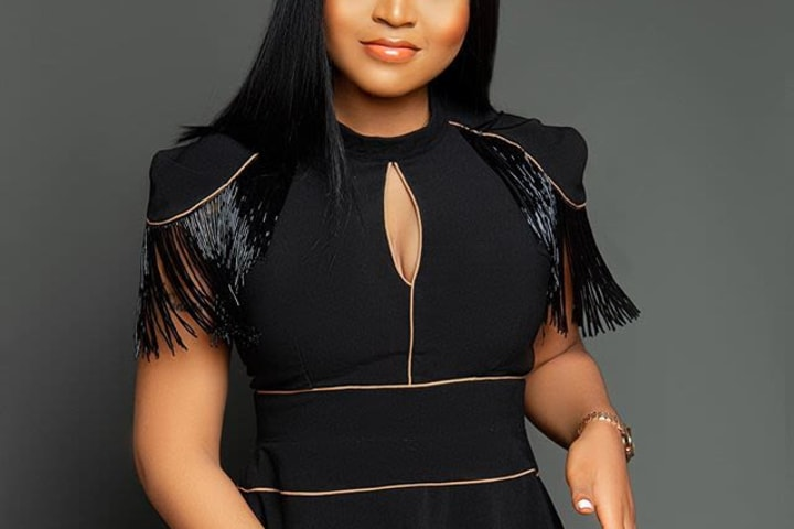 Regina Daniels appeals to critics