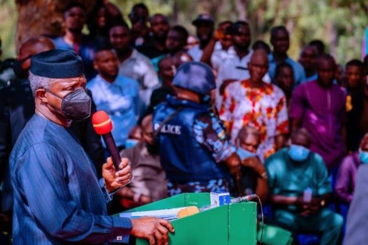 Photos: Osinbajo visits Ebonyi communities attacked by herdsmen