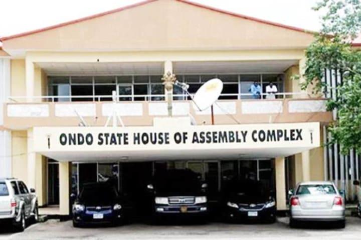 Fulani herdsmen: Ondo lawmakers declare support for Akeredolu